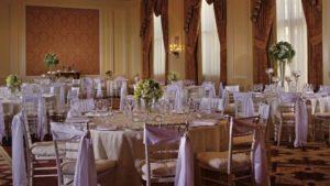 deco-table-mariage-rubans-satin